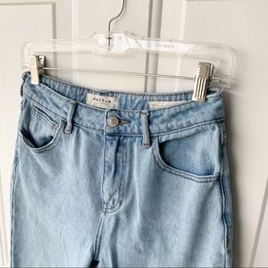 PacSun Mom Jeans 26 minor flaws